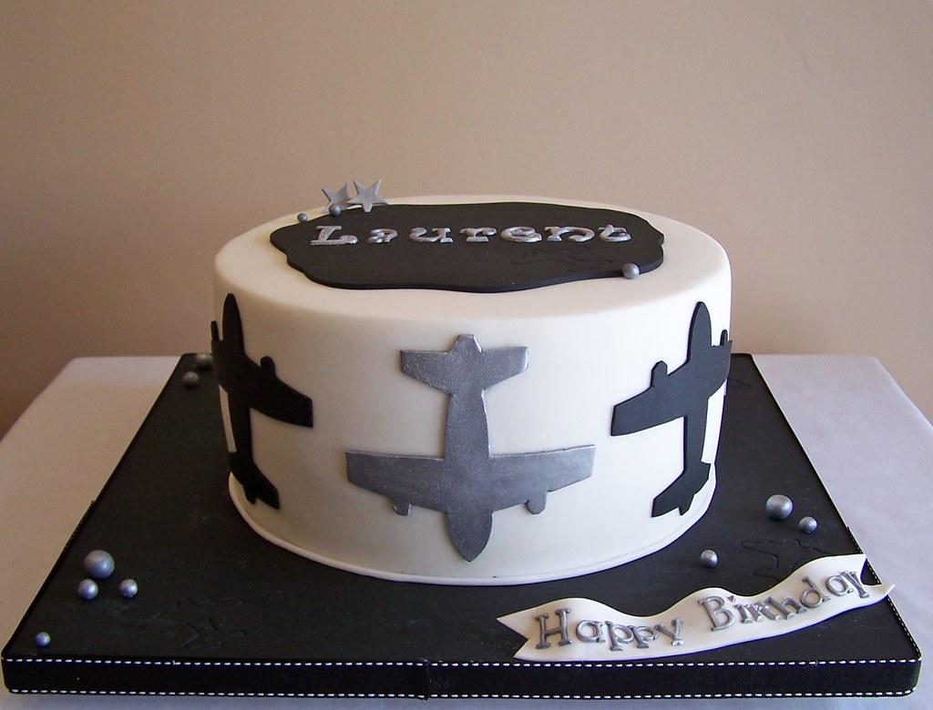 Airplane cake Beth Flickr
