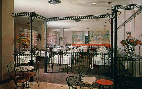 windsor park hotel 1960s postcard of the dining room. Black Bedroom Furniture Sets. Home Design Ideas