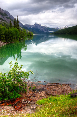 Medicine Lake, Jasper National Park | by D-Niev