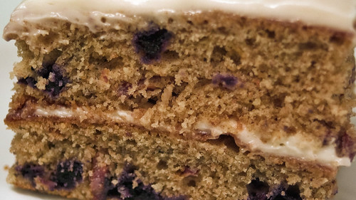 White Cake Blueberry Topping With Frozen Blueberries