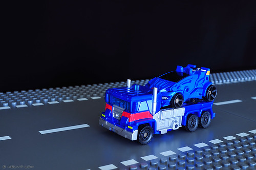 Ultra Magnus car carrier | by kelvin255
