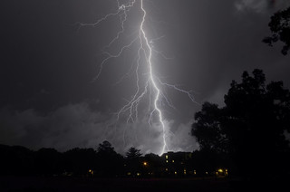 Lightning over Wingra Park, Madison, WI 07-18-2012 1180 | by Richard Hurd
