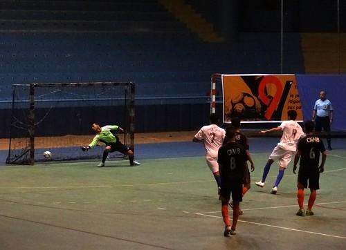 كرة القدم داخل القاعة: صقر اكادير مع نجم مداغ بركان
