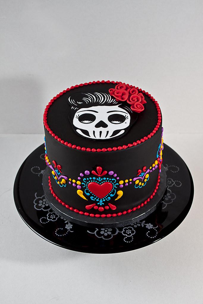 Day Of The Dead Dia De Los Muertos Cake A Day Of The Dea Flickr