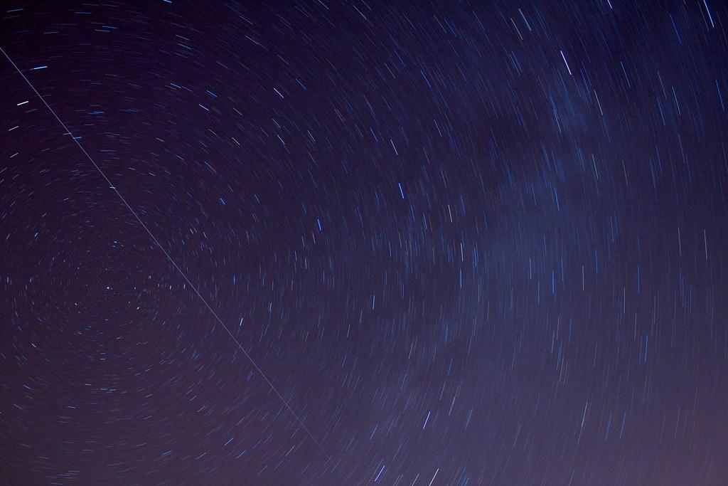 Circumpolar E ISS La V A L Ctea Se Ve Difuminada A La Der Flickr