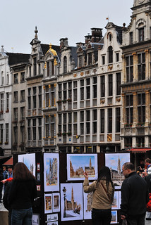 Artist in the Grand Place | by Little Italy Photography