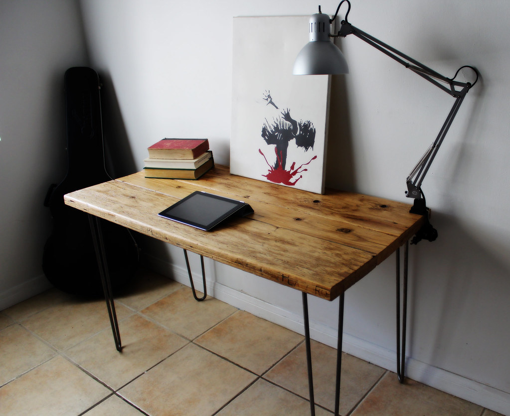 natural reclaimed wood desk on raw steel hairpin legs 6/7 | Flickr