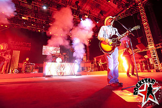 Toby Keith - Rogers Bayfest - Sarnia-ONT, Canada - July 12th 2012 | by RockStarProPhotography
