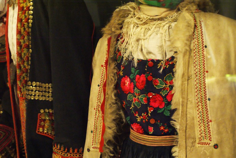 Musée ethnologique à Cracovie : Une superbe collection de costumes folkloriques.