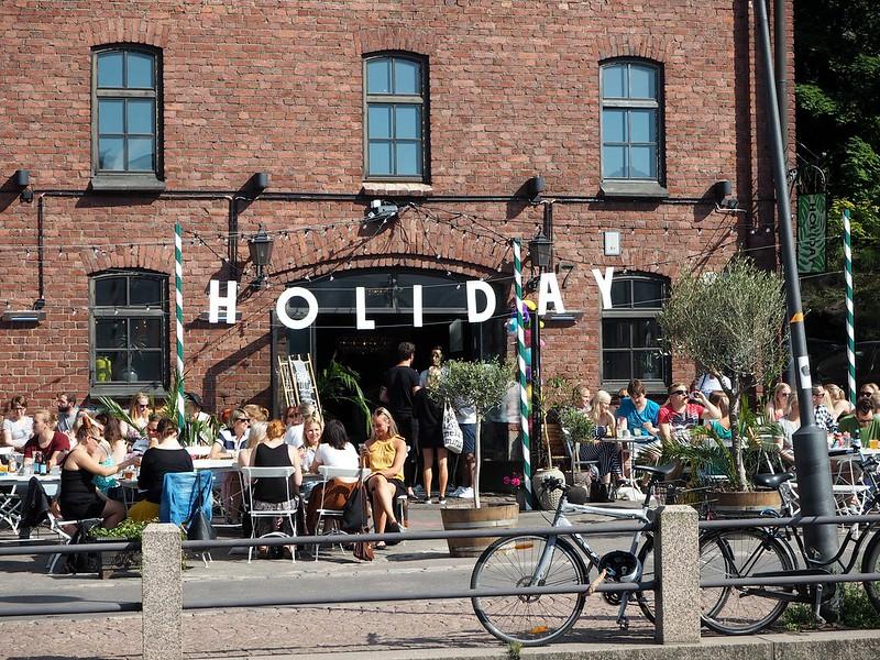 holidaybarhelsinkiP7018351, holiday bar, helsinki, suomi, finland, kesä, summer, terassi, terace, kanavaranta, katajanokka, restaurant, ravintola, holiday, bar, baari,