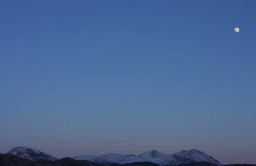 Moonrise over An Teallach | by jimlaide
