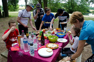 July 4th - Hungry Cyclist PicNic on the banks of the Cher River | by The Hungry Cyclist