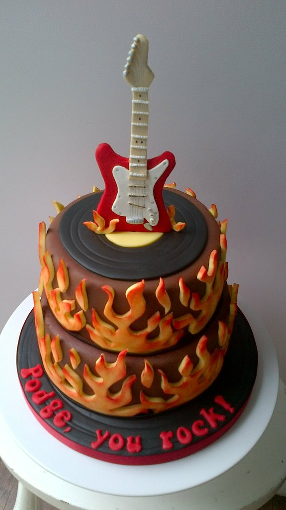 Electric Guitar Cake Birthday Cake For My Brother In Laws Flickr