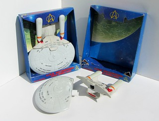Star Trek The Next Generation U.S.S. Enterprise Bubble Bath (Soaky) And Shower Gel 250 ml Plastic Model Ship By Euromark Plc Oxford England 1994 (Full) - 5 Of 186 | by Kelvin64