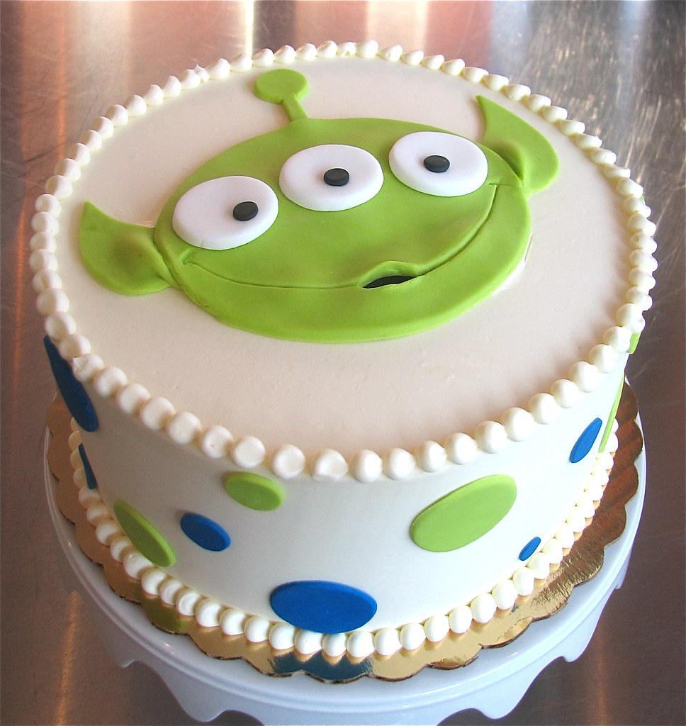 Happy Alien Birthday Cake Zoe Lukas Flickr