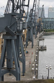 London's New Cable Car - July 2012 - Cranes on Royal Victoria Dockside | by Gareth1953 All Right Now