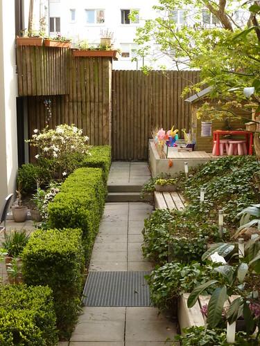 urban garden stadtgarten in hamburg upper path with gr flickr. Black Bedroom Furniture Sets. Home Design Ideas