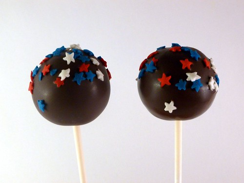 Cake Pops Dipped In White Chocolate