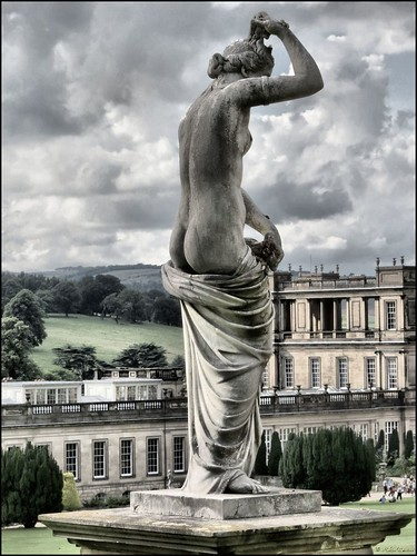 Statue, Chatsworth gardens | by robin denton