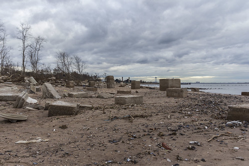 Hurricane Sandy - New Dorp Beach - Friday Nov 2 | by cribogs