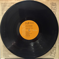 THE HUES CORPORATION:LOVE CORPORATION(RECORD SIDE-A)