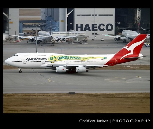 Boeing | 747-438 | Qantas Airways | Qantas Socceroos Scheme | VH-OJS | Hong Kong | HKG | VHHH | by Christian Junker | Photography