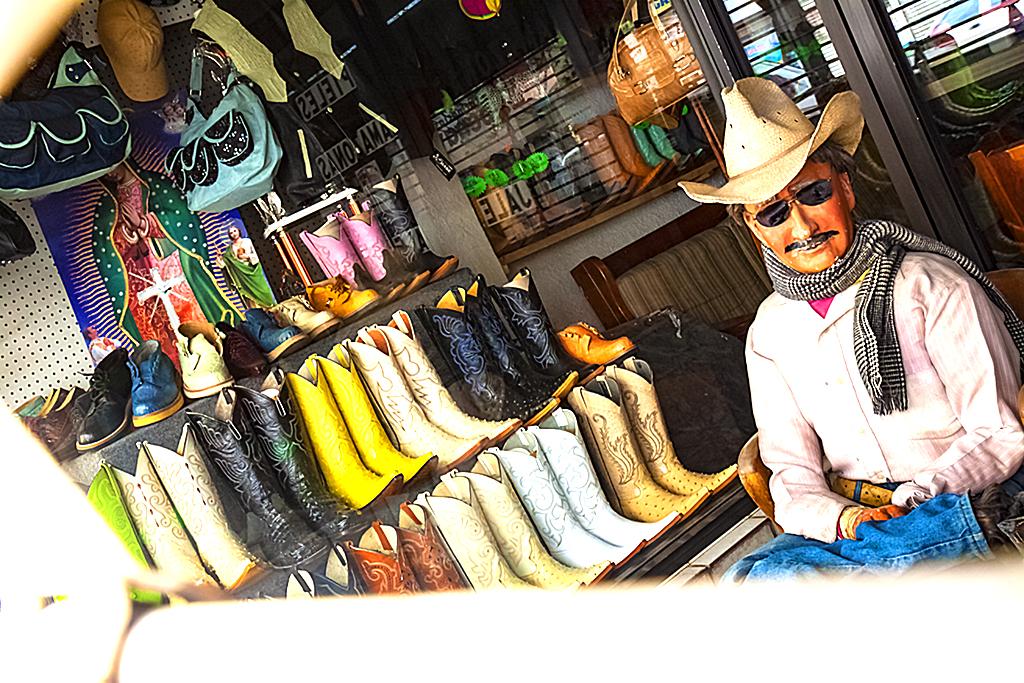 Shoe-store--Juarez