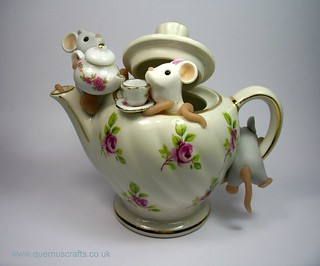 Teapot Mice | by QuernusCrafts