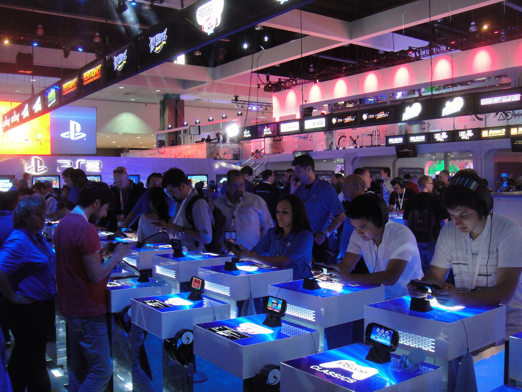 e3 expo 2012 sony playstation booth ps vita by doug kl flickr