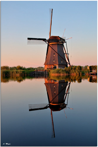 Kinderdijk Waterreflections | by meypictures
