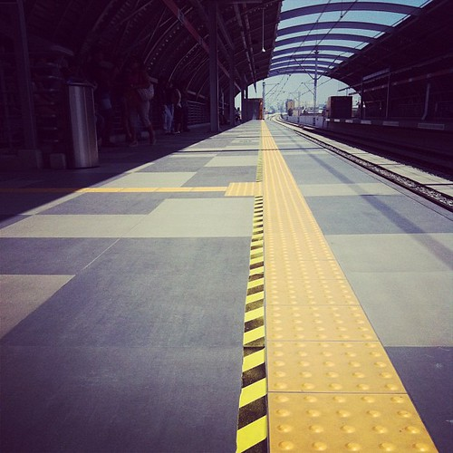 The yellow line | by Patty Cueva ♥