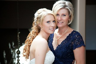 bride-and-mother-of-bride-hairstyle | by vanmobilehair