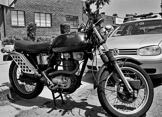 BSA Victor 441 Motorcycle - Nikon F4 - AF Nikkor 28-80mm F/3.3-5.8 G - HP5+ | by divewizard