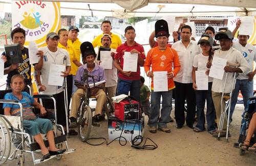 Grupo de beneficiados recibieron certificado de participac - Grupo de soldadura ...