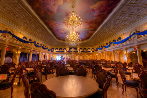 Magic Kingdom - Be Our Guest Ballroom