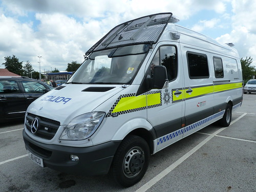Nottinghamshire Police Mercedes Sprinter Territorial Support Group FJ61 KCO | by NottsEmergency