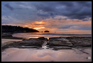 Sunrise at Tessellated Pavement | by darreng2011