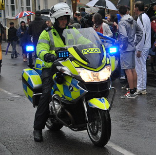 Metropolitan Police / BMW R1200 / Torch Relay Protection Group / RV12 ZZM | by Chris' 999 Pics