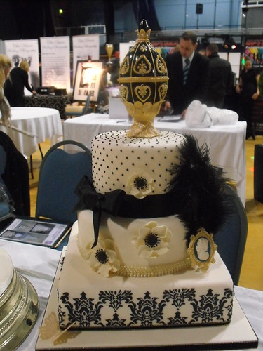 wedding cakes grimsby lincolnshire kc wedding cakes grimsby flickr. Black Bedroom Furniture Sets. Home Design Ideas