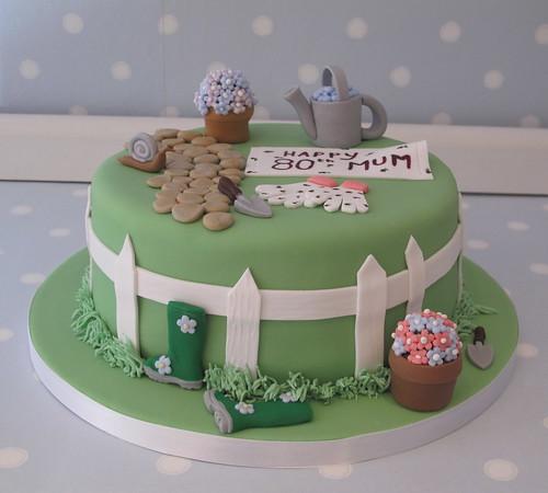 Garden themed cake for don 39 s mum 39 s 80th birthday www for Gardening 80th birthday cake