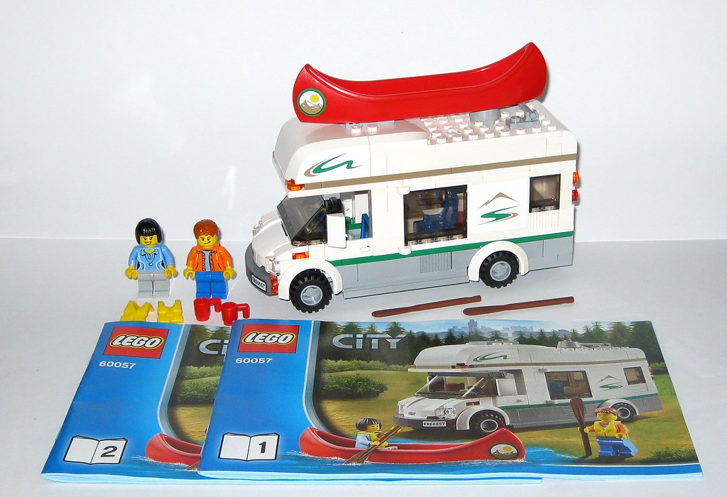 Lego 60057 Lego City Camper Van 2014 Set Loose Complete Wi Flickr