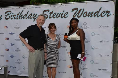 stevie wonder 39 s birthday portlanders gathered at quartet. Black Bedroom Furniture Sets. Home Design Ideas