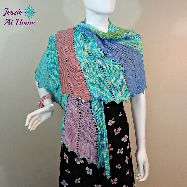 Skylark-Through-the-Looking-Glass-free-knit-pattern-Jessie-At-Home-3