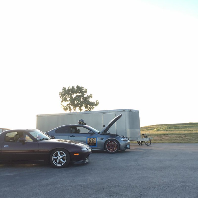What a great way to end the day #miata #m3 #herrishillsraceway  #natsukashigarage