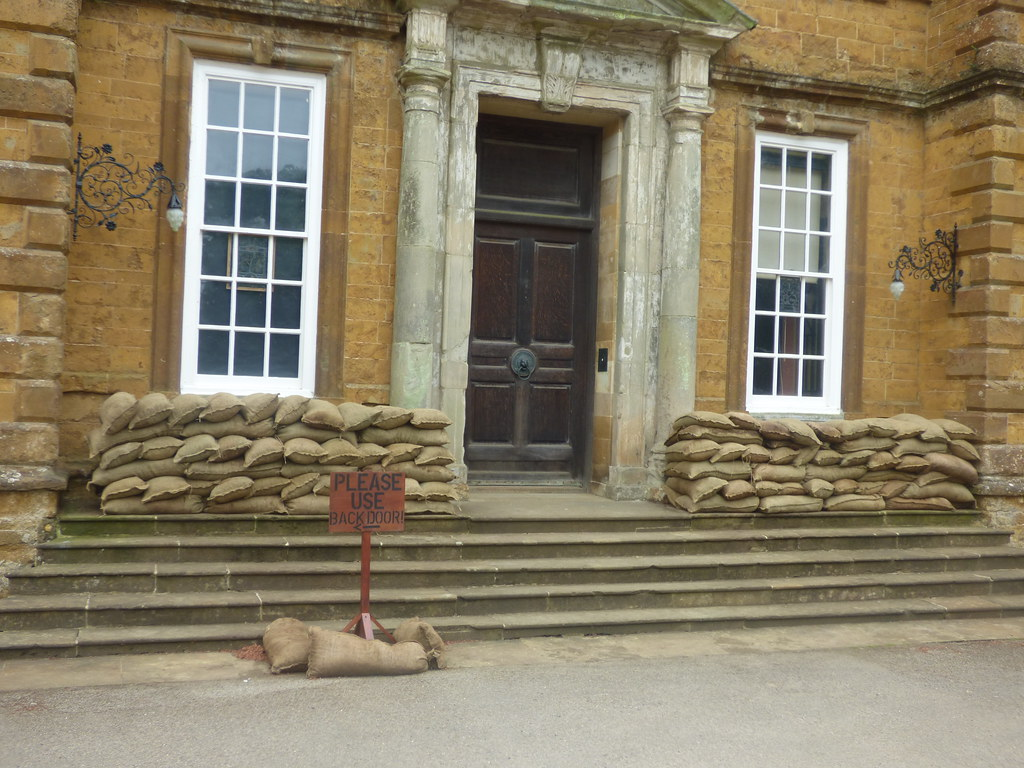 Upton House And Gardens   Sandbags And Steps   Sign   Please Use Back Door!