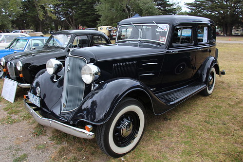 Ship A Car >> 1934 Plymouth PE Deluxe Sedan | Introduced in 1928 ...