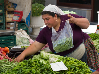 Fresh produce sales at Yalikavac open market Turkey - The friendly matron | by Andrew Wilson 70