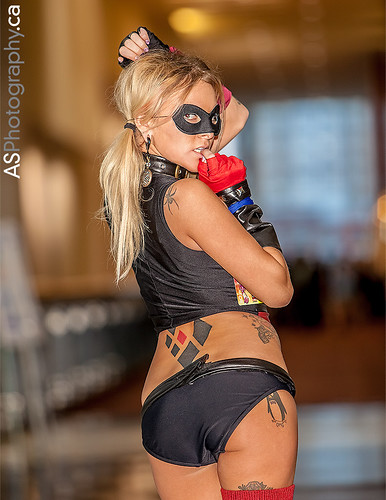 Sexy Harley Quinn captured at C2E2 2013 | by andreas_schneider