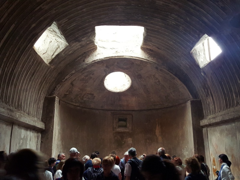 Pompeii public baths