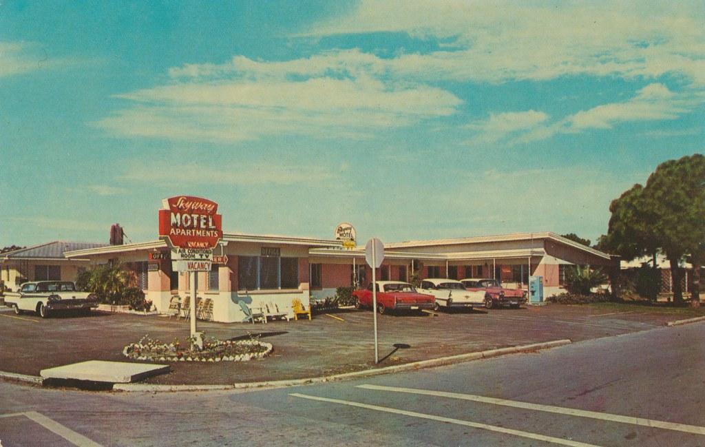 Skyway Motel & Apts. - St. Petersburg, Florida